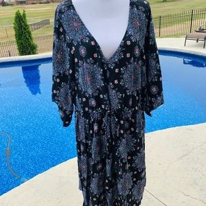 NWOT! Torrid tunic style dress in floral 4x